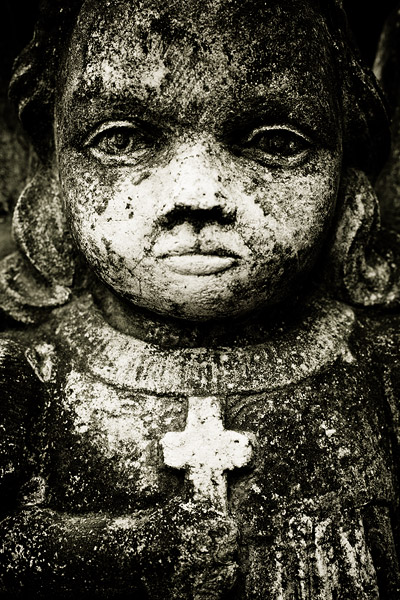Salwator cemetery: a statue on a grave of a 5-year old girl