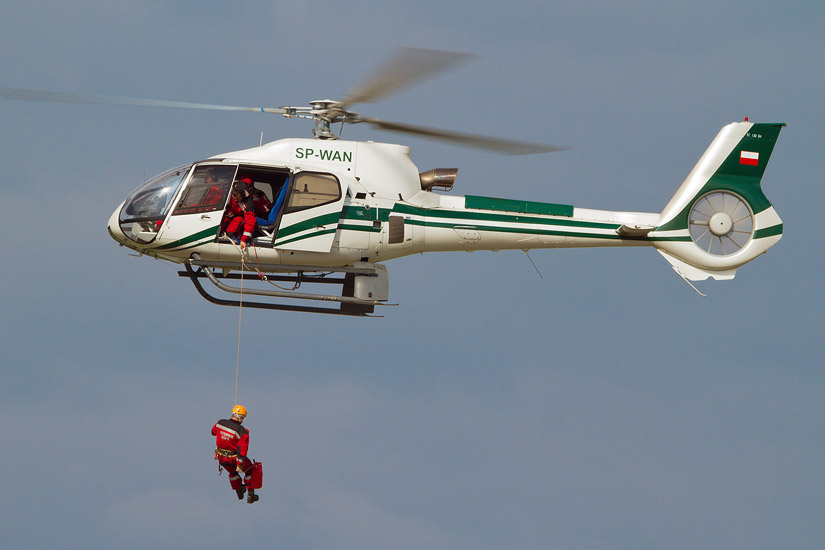 7th Air Show in Kraków: air rescue demonstration