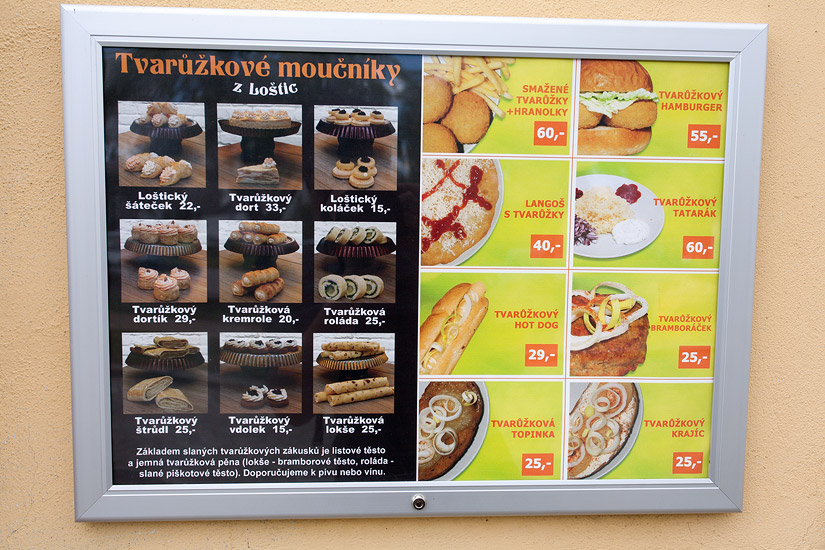 Hot dogs, burgers, cream rolls, cakes... all made with the Olomouc cheese