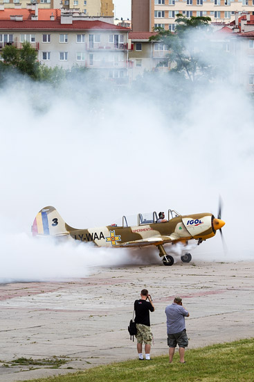 10th Air Show in Kraków: the Aerobatic Yakers
