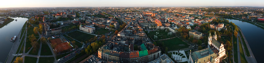 The centre of Kraków seen from the balloon