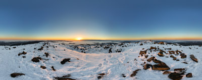 Sunrise at the Diabla Kuchnia ('Devil's Kitchen') , the lower summit of Babia Góra (1725 m).  Click to view this panorama in new fullscreen window