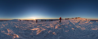 The last sunrise of 2016 on the summit of Babia Góra (1725 m).  Click to view this panorama in new fullscreen window