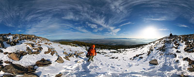 On the eastern ridge of Babia Góra.  Click to view this panorama in new fullscreen window