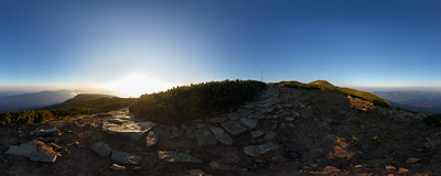 Hiking the ridge trail of Babia Góra on an October morning.  Click to view this panorama in new fullscreen window