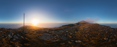 Hiking the ridge trail of Babia Góra (1725 m) at sunrise.  Click to view this panorama in new fullscreen window