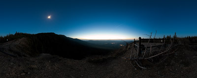 A night view from Sokolica (1367 m) near Babia Góra in Beskidy Mountains.  Click to view this panorama in new fullscreen window
