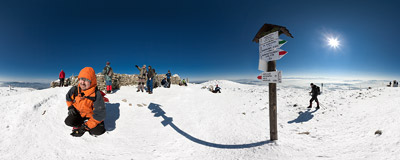 The summit of Babia Góra (1725 m) can get quite crowdy on such a sunny winter day.  Click to view this panorama in new fullscreen window