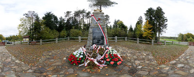 Banica, Southern Poland: a monument of sever Polish airmen shot down in a Halifax aircraft when returning to Italy from a help mission to Warsaw in August 1944.  Click to view this panorama in new fullscreen window
