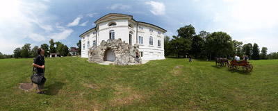 Belvedere Palace in Bejsce.  Click to view this panorama in new fullscreen window