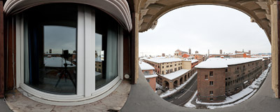 Bologna rooftops seen from the room #16 in the Hotel Albergo Centrale.  Click to view this panorama in new fullscreen window