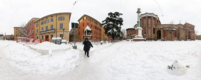 Lots of snow on Piazza San Domenico in Bologna, Italy.  Click to view this panorama in new fullscreen window