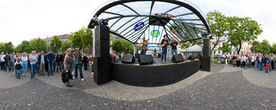 The Cosmonautix band performing on Hviezdoslavovo námestie in Bratislava.  Click to view this panorama in new fullscreen window