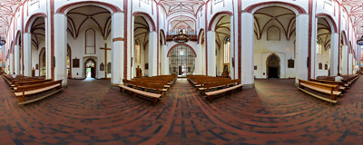 Built in 1370-1420, this three-nave basilica was one of the largest in Silesia. Burnt down completely during the WW2 fights in 1945, it was then rebuilt according to the original plans from year 1370.  Click to view this panorama in new fullscreen window