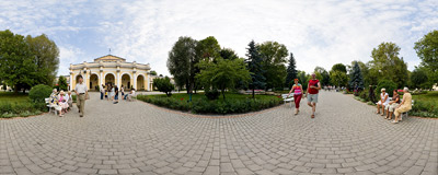 In a park in Busko Zdrój.  Click to view this panorama in new fullscreen window
