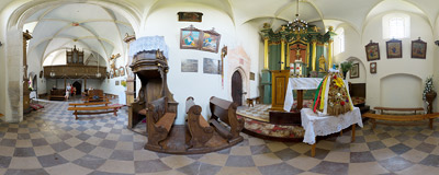 Inside the Gothic church of St. Bartholomew in Chotel Czerwony.  Click to view this panorama in new fullscreen window
