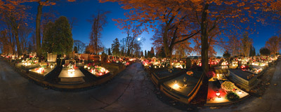 Salwator cemetery in Kraków.  Click to view this panorama in new fullscreen window
