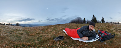 After a bivouac on Ćwilin (1072 m) in the Beskid Wyspowy mountain range.  Click to view this panorama in new fullscreen window