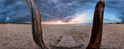 Sunset by the Baltic Sea in Czołpino.  Click to view this panorama in new fullscreen window