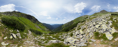 On the trail through the Parichvost Valley to Baníkovské sedlo in Slovak Tatras.  Click to view this panorama in new fullscreen window