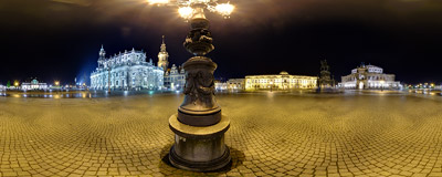 Rainy night on Theaterplatz ('Theatre Square') in Dresden.  Click to view this panorama in new fullscreen window
