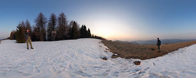 Sunset on the summit of Durbaszka (942 m) in the Małe Pieniny mountain range.  Click to view this panorama in new fullscreen window