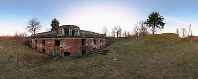Kraków - Fort Skotniki.  Click to view this panorama in new fullscreen window