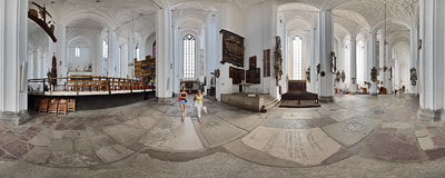 Gdańsk - inside the St. Mary's church.  Click to view this panorama in new fullscreen window