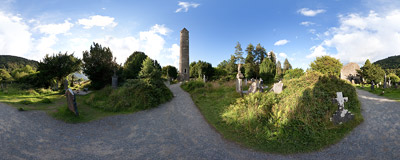 A 30-meters high stone tower is the most characteristic building in the Glendalough monastic city.  Click to view this panorama in new fullscreen window