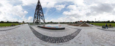 The transmission tower of the Gliwice radio station, situated on Tarnogórska Road in Szobiszowice.  Click to view this panorama in new fullscreen window