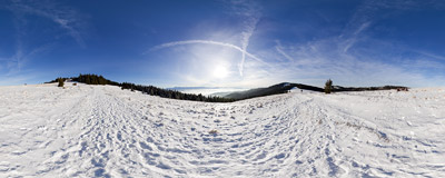 Hala Długa on the slopes of Turbacz in the Gorce mountain range.  Click to view this panorama in new fullscreen window