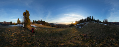 A beautiful ending of a beautiful day in the Gorce mountain range.  Click to view this panorama in new fullscreen window