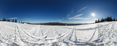 A winter day at the Hala Rysianka 	in the Beskid Żywiecki Mountains.  Click to view this panorama in new fullscreen window