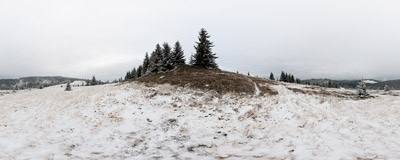 Hala Turbacz in the Gorce mountain range.  Click to view this panorama in new fullscreen window