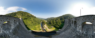 Water dam in Lubachów.  Click to view this panorama in new fullscreen window