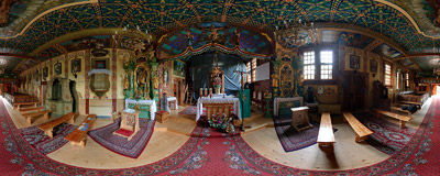 Inside the wooden church of St. Sebastian in Jurgów, 17th century.  Click to view this panorama in new fullscreen window