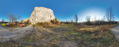 In the abandoned Liban Quarry in Kraków: climbers call this vertical piece of rock El Pułkownik ('El Colonel') as it reminds them of a smaller version of Yosemite's El Capitan.  Click to view this panorama in new fullscreen window