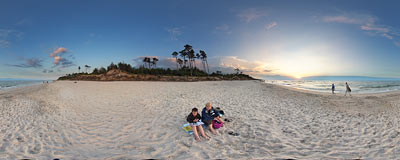 Sunset by the Baltic Sea in Karwia.  Click to view this panorama in new fullscreen window