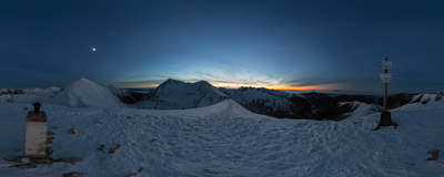 Half an hour after sunset on the summit of Kończysta nad Jarząbczą (2002 m) on the Polish-Slovak border in the Western Tatra Mountains.  Click to view this panorama in new fullscreen window