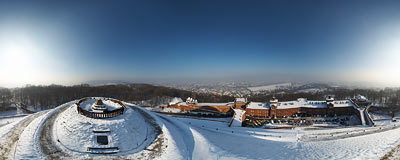 Kraków - Kościuszko Mound seen from above.  Click to view this panorama in new fullscreen window