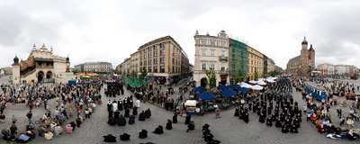 Traditional Corpus Christi procession going around the Main Square in Kraków.  Click to view this panorama in new fullscreen window