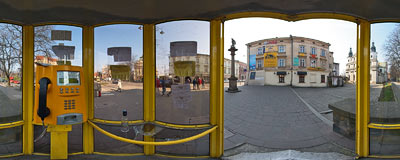 Telephone booth in Kraków.  Click to view this panorama in new fullscreen window