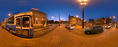 Bus/tram stop on Lubicz Street in Kraków.  Click to view this panorama in new fullscreen window