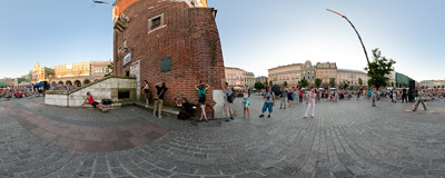 "23rd International Street Theatre Festival in Kraków: ""Chickenhouse"" by the Carbid Visual Theatre from Holland.  Click to view this panorama in new fullscreen window"