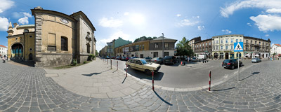 By the Carmelite church on the corner of Garbarska and Karmelicka streets in Kraków.  Click to view this panorama in new fullscreen window
