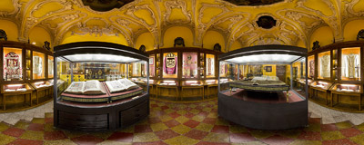 The museum in the Carmelite monastery in Kraków.  Click to view this panorama in new fullscreen window