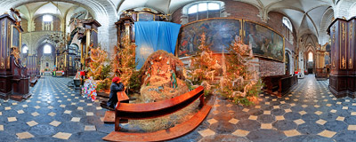 Nativity scene in the magnificent Gothic church of Corpus Christi in Kraków.  Click to view this panorama in new fullscreen window