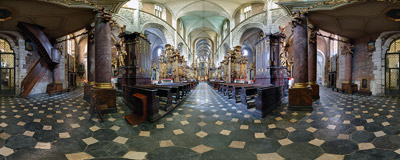 Inside the Gothic Corpus Christi church in Kraków.  Click to view this panorama in new fullscreen window