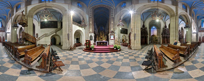The Dominican church of the Holy Trinity in Kraków.  Click to view this panorama in new fullscreen window