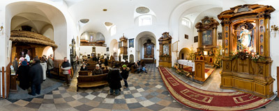Nativity scene in the Capuchin church of the Anunciation of Holy Virgin Mary in Kraków.  Click to view this panorama in new fullscreen window